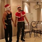 クリスマスが近いということでサンタクロース(?)がやってきました!