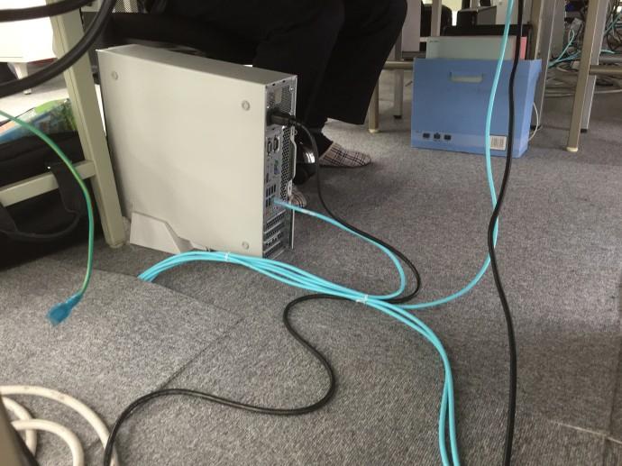 LANケーブルの整備